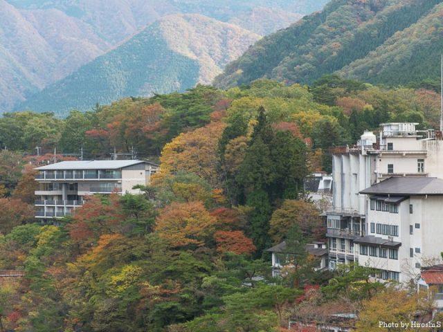 日光から鬼怒川温泉付近は、紅葉の見頃であった