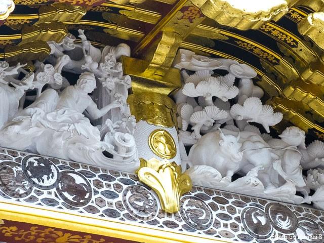 日光東照宮 唐門の彫刻