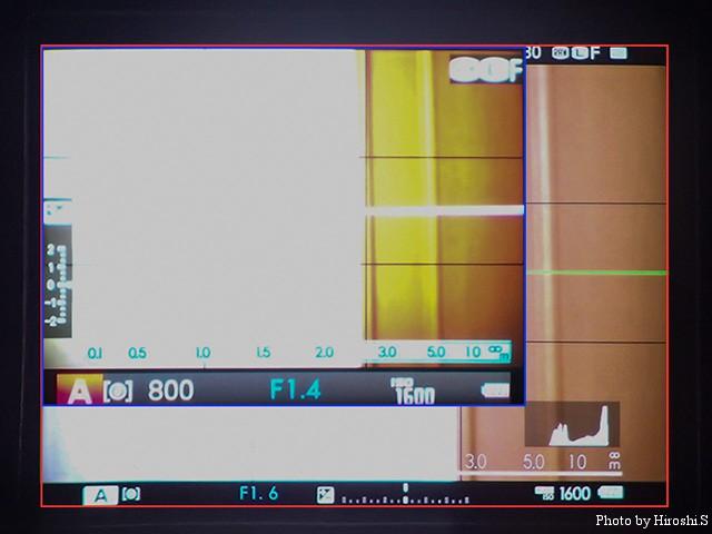 赤枠がX-T1 青枠がX-E1