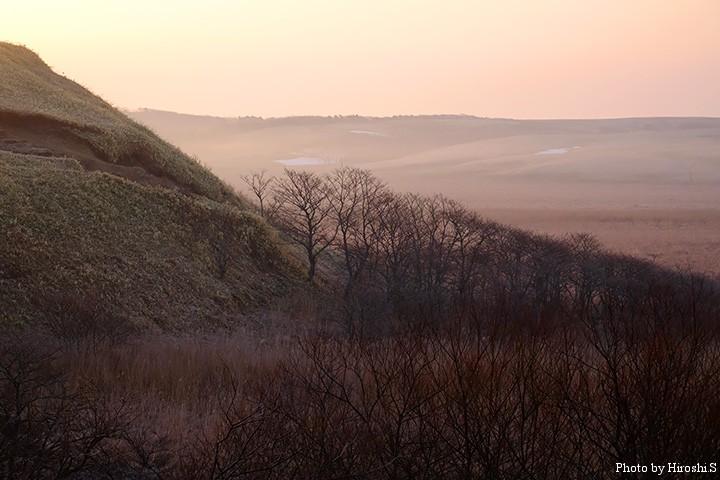 湿原のサンライズ この日は氷点下まで気温が下がった