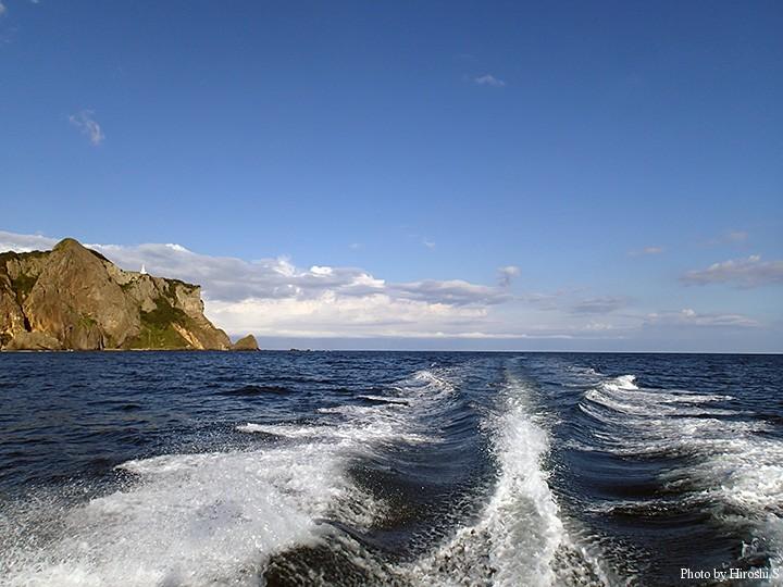 地球岬をかわし、室蘭港へ向かう。