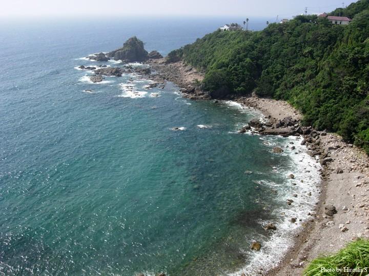 下田温泉付近は美しい海岸