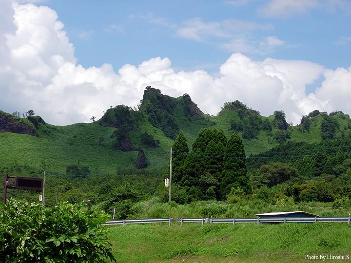阿蘇から九重付近の地形は、なかなか興味深い