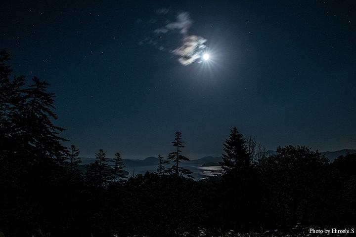 途中で通過した夜の屈斜路湖