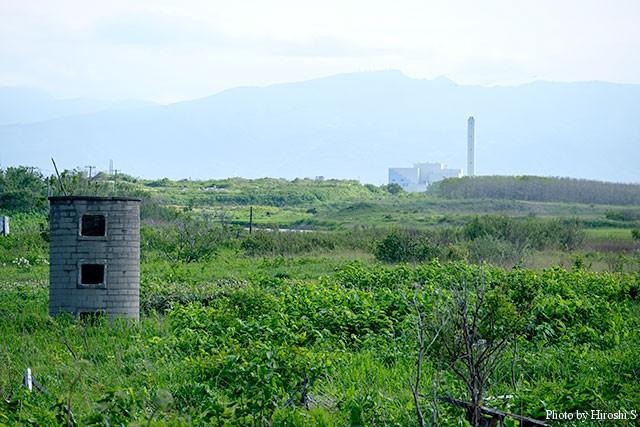 原生花園は写真に見えるゴミ処理センターの手前に位置する