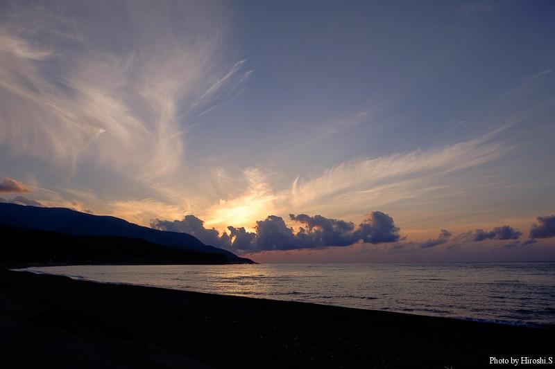 帰り道、日本海側を北上している途中の島牧で撮影したサンセット